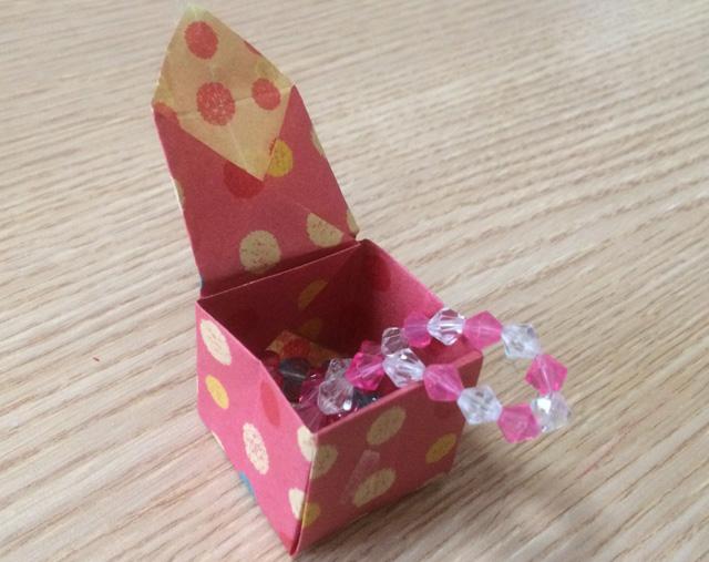 ハート 折り紙:折り紙 アクセサリー 折り方-ikujira.com