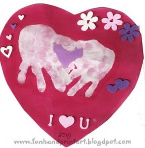 heart_shaped_handprint_Valentine-294x300