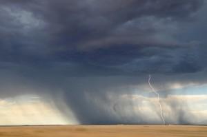 lightning-945430_640