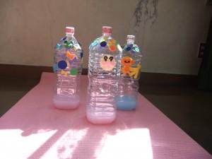 ペットボトルボウリングピンの作り方!室内で遊べる簡単手づくりおもちゃ5選